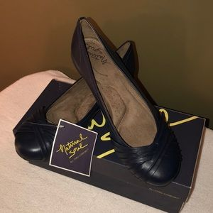 Navy blue flats. NWT. Never worn. Tried on only.
